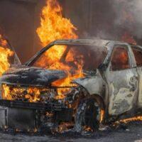 Mơ thấy ô tô cháy là điềm báo gì? Đánh con bao nhiêu?