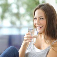 Giấc mơ thấy uống nước đánh số gì? Mơ uống nước điềm hung hay cát?
