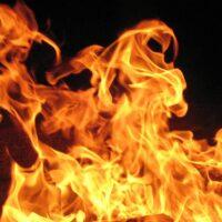Mơ thấy lửa điềm báo đánh con gì may mắn?